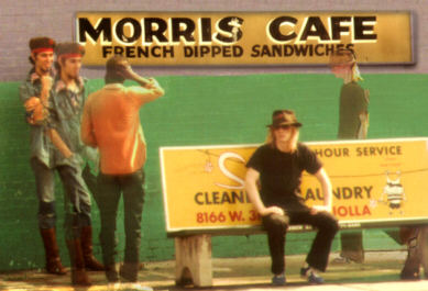 Steve Stink and Tim Konspiracy - Morris Cafe 1981 - CLICK FOR NEXT IMAGE